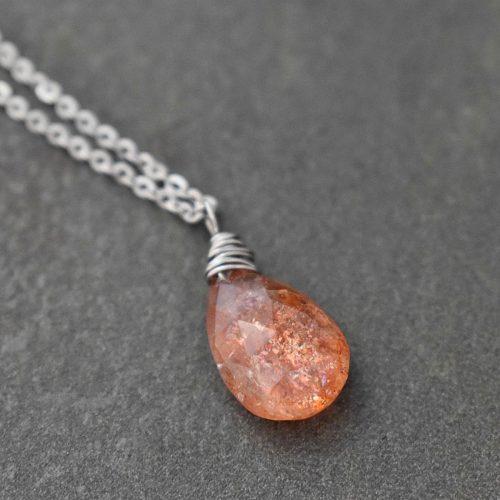 Dainty Sunstone necklace