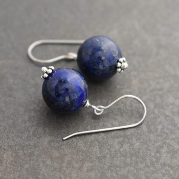 Simple everyday Stone Earrings