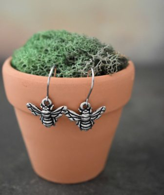 pewter bumble bee earrings